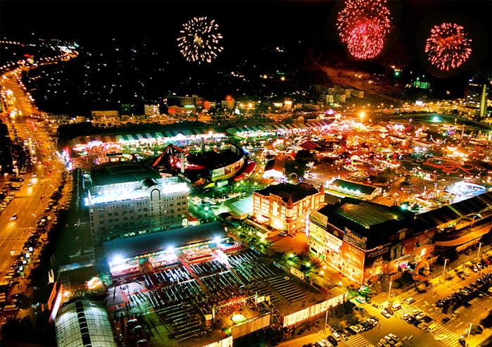 Qingdao-Beer-Festival-6.jpg