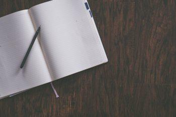 blank-composition-desk-606539.jpg