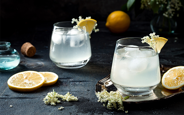 elderflower-lemon-gin-tonic.jpg